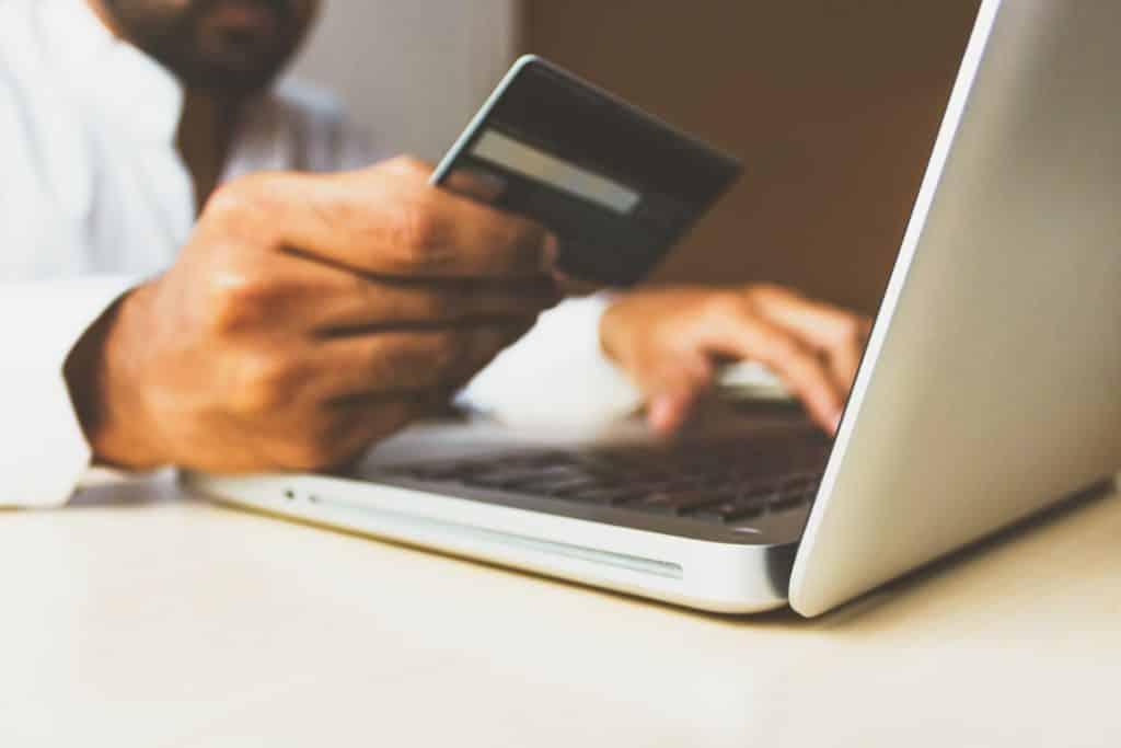 Hoe krijg je goed overzicht in je financiën om te kijken bij welke aftrekposten je in aanmerking komt?