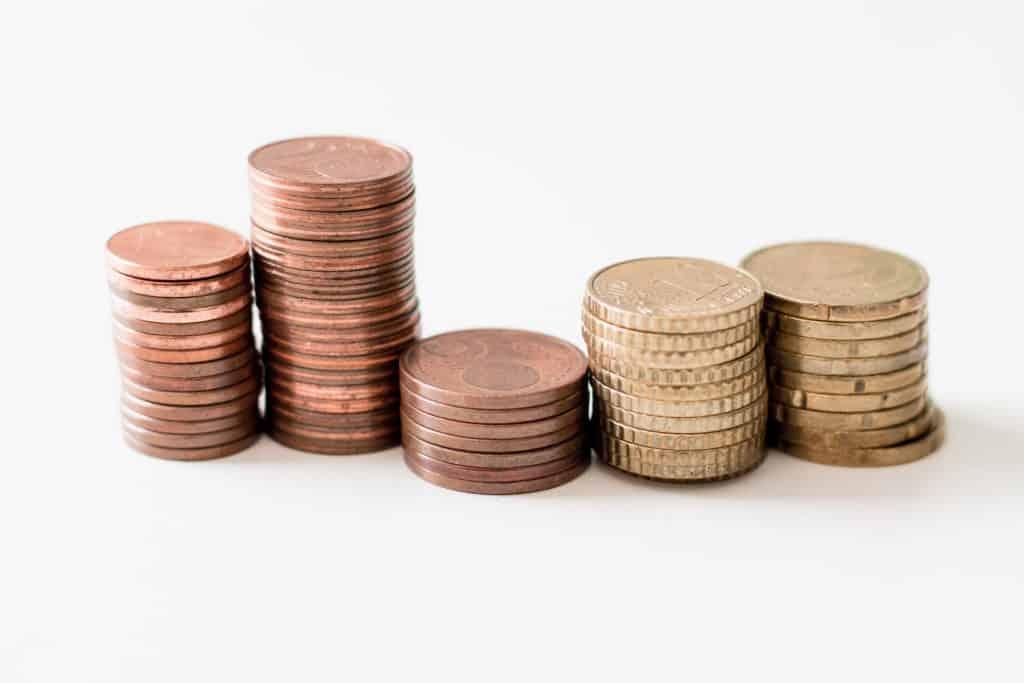 Hoe bereken je hoeveel BTW je moet afdragen?